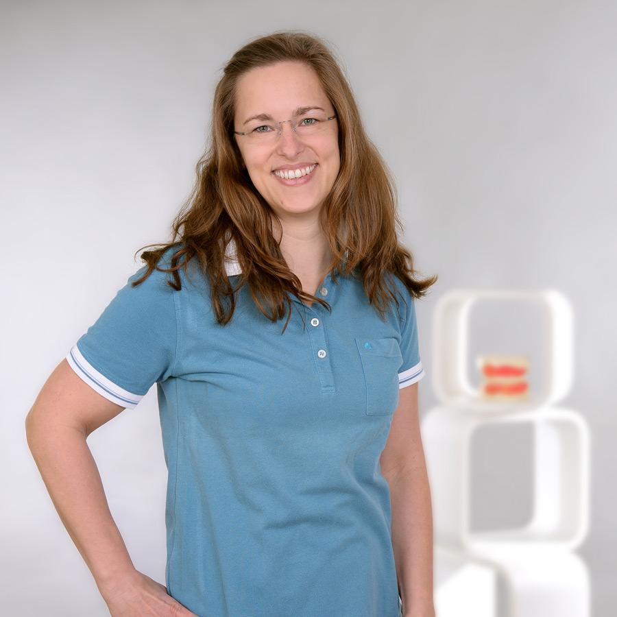 Stephanie Schüssler Prophylaxe / Stuhlassistenz